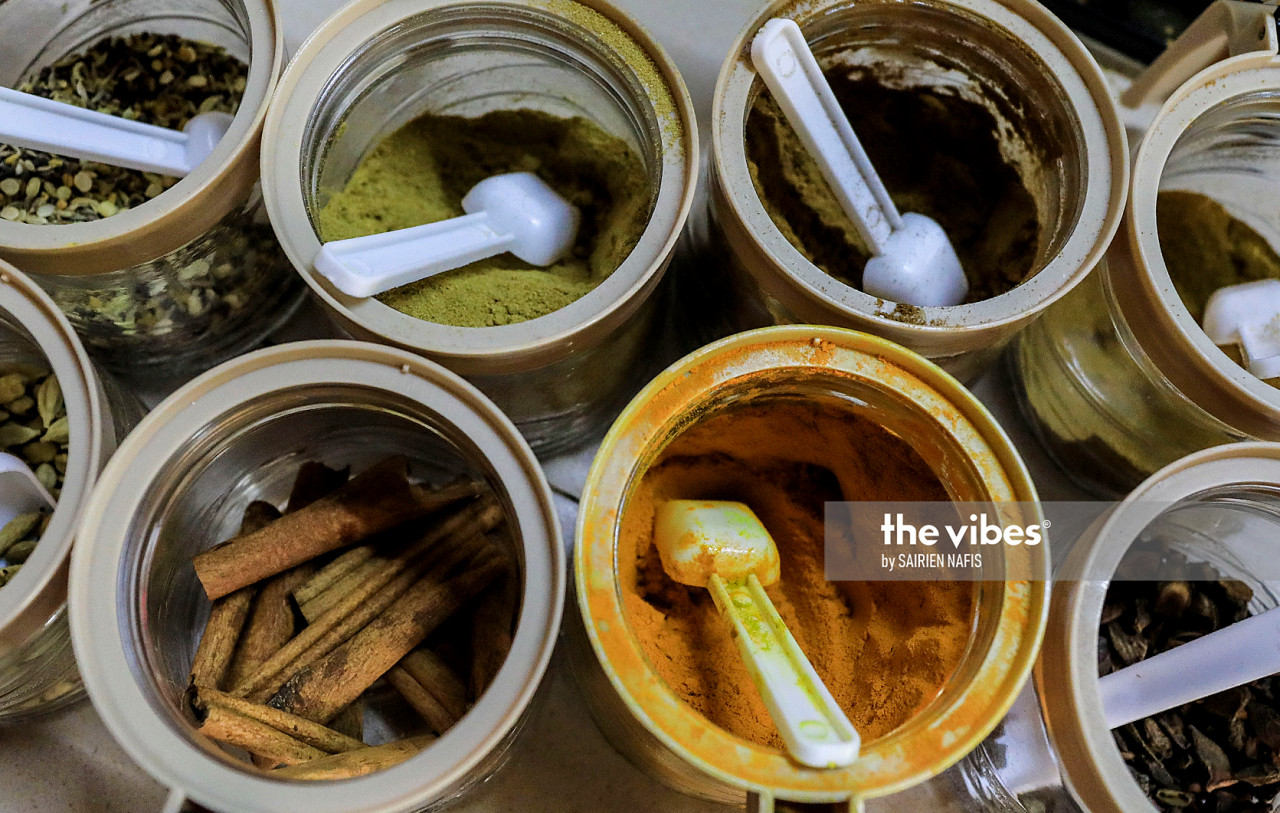 Herbs and spices commonly used to prepare Indian delicacies. – The Vibes pic, November 14, 2020