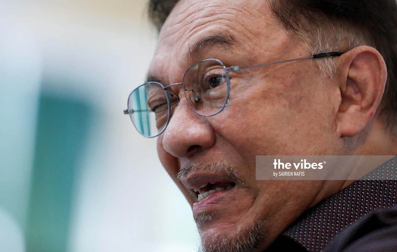 If the concessions made will help the people, why should the opposition reject Budget 2021, asks Datuk Seri Anwar Ibrahim. – SAIRIEN NAFIS/The Vibes pic, November 29, 2020