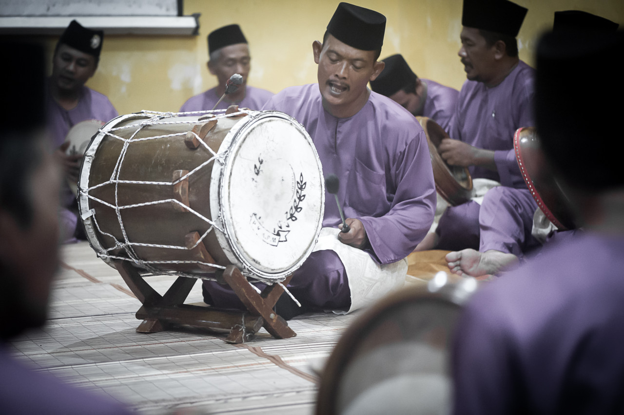 The musical structure of the Kompang Jidor embodies the spirit of community and spiritual devotion. –Pic courtesy of Pusaka/Cheryl Hoffmann