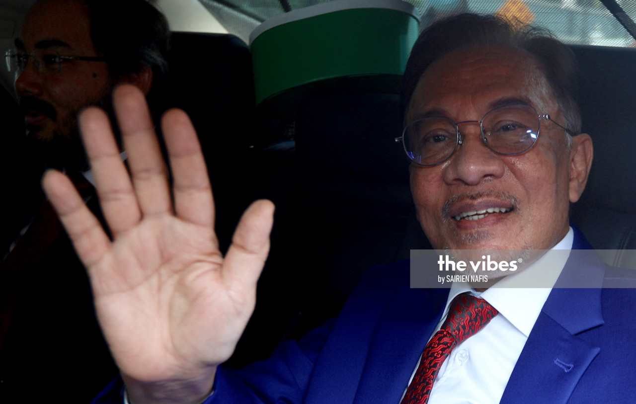 Pakatan Harapan leader Datuk Seri Anwar Ibrahim could be denied the prime minister position yet again as Ismail Sabri's olive branch seem to amount to nothing more than the seven reforms. – The Vibes file pic, September 13, 2021