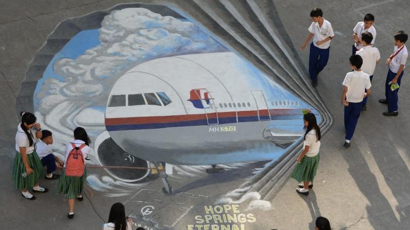 [Image: 140318-irving-malaysia_mh370-AFP.jpg]