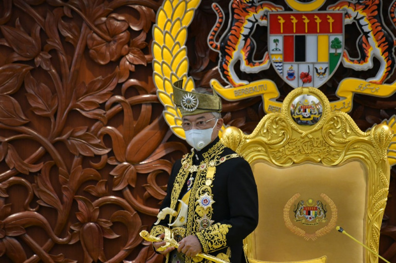 King has less than 48 hours to remove PM