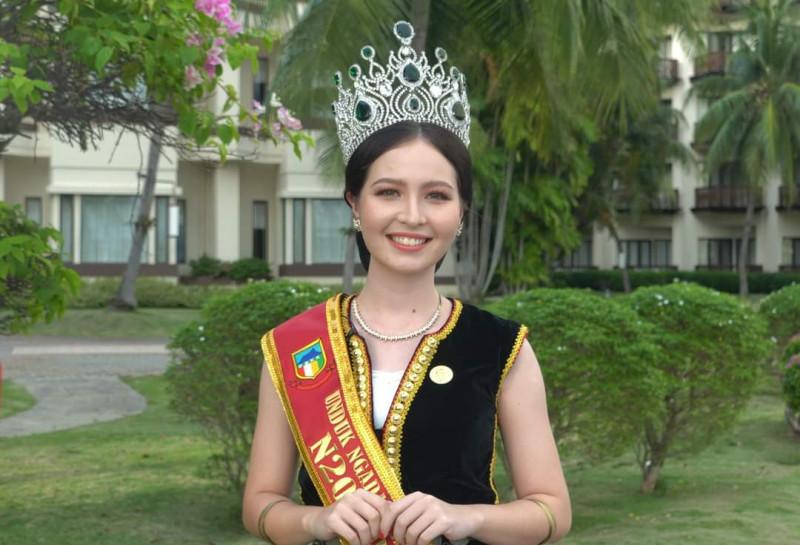 Kadazan-Polish beauty takes Unduk Ngadau 2021 crown
